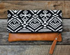 Black Upholstery Aztec Navajo Foldover Clutch by SweetPeaTotes Ships out 2 to 4 days after purchase. This foldover clutch has an eye-catching Black Upholstery Aztec Navajo design with a copperLoving this Native American style! by Alice Loopeker on Et Foldover Clutch, Clutch Purse, My Bags, Purses And Bags, Best Leather Wallet, Diy Accessoires, Handmade Handbags, Leather Tassel, Wallets For Women