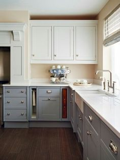 Colour Your Kitchen with Mylands Paints from London Kitchen Marble Top, Red Kitchen, Kitchen Paint, Kitchen Colors, Country Kitchen, Kitchen Decor, Kitchen Cabinets, Kitchen Ideas, Granite Kitchen