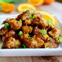 pioneer woman recipes I made this Orange Chicken on my Food Network show a few weeks ago, and I just realized yesterday that Id never shared the r. Orange Chicken Pioneer Woman, Food Network Recipes, Cooking Recipes, Pioneer Woman Recipes, Pioneer Women, Pioneer Woman Food Network, Asian Recipes, Ethnic Recipes, I Foods