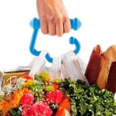 Tired of carrying supermarket bags? With the Easy Carry Handle For Bags you can carry several bags at a time without hurting your hands thanks to the ergonomic design of the handle. Gadgets, Plastic Cutting Board, Wings, Gifts, Kitchen Gadgets, Health And Beauty, Transportation, Carrier Bag Holder, Gadget