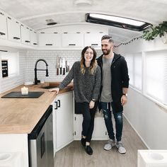 Family of six convert school bus into stylish mobile home to travel across America Bus Life, Camper Life, Vw Camper, Vw Bus, School Bus Tiny House, Bus Living, Tiny Living, Converted School Bus, Industrial Kitchen Design