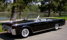 "1967 Lincoln Continental   feel in love with it after those ""Entourage"" intros"