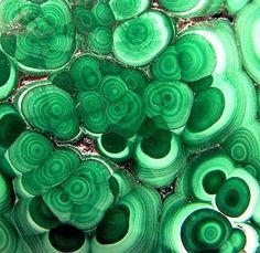 Malachite love. Xk #kellywearstler #myvibemylife #malachite #green