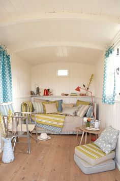 Vanessa Arbuthnott - Swedish Collection Caravan (via Achica Living) … Beach Hut Interior, Shed Interior, Interior Design, Playhouse Interior, Glamping, Summer House Interiors, Campervan Interior, Shepherds Hut, Tiny House Living