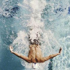 Sousuke Yamazaki, Rin Matsuoka and Rei Ryugazaki I Love Swimming, Swimming Diving, Swimming Pools, Michael Phelps, Swimming Photography, Waterpolo, Competitive Swimming, Swim Team, Swim Club
