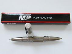 S Smith & Wesson Tactical Pen Kugelschreiber Kubotan Kubaton PT9, Farbe:Schwarz von Smith & Wesson, http://www.amazon.de/dp/B006SSJ5WC/ref=cm_sw_r_pi_dp_65zVrb0G5579C