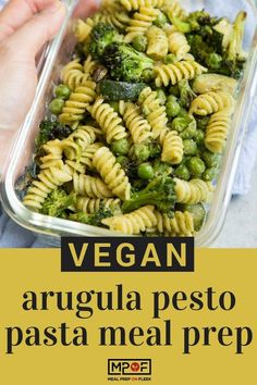 (Vegan) Arugula Pesto Pasta Meal Prep - Pasta of your choice is dressed with a quick homemade arugula pesto and tossed with zucchini green peas and broccoli. This vegan pasta recipe tastes great chilled or warmed up! Lunch Recipes, Healthy Dinner Recipes, Pasta Recipes, Vegetarian Recipes, Vegetarian Lifestyle, Vegetarian Lunch, Yummy Recipes, Keto Recipes, Lunch Meal Prep