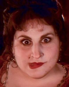 Kathy Najimy as Mary Sanderson<br> Fall Halloween, Halloween Makeup, Halloween Party, Halloween Movies, Halloween 2019, Hocus Pocus Halloween Costumes, Diy Costumes, Mary Sanderson Costume, Kathy Najimy