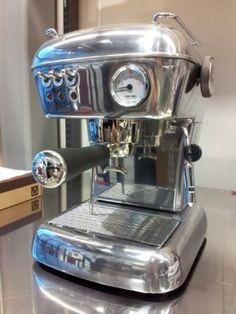 Ascaso Dream UP Aluminum Espresso Machine  Image Source: http://unir-coffee.flier.jp/wp-content/uploads/2012/10/ascaso-Dream-e1349858849933-300x400.jpg