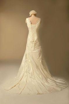 GEORGE DESIGN Luxury Vintage V Neck Sleeveless Lace Wedding Dress Size 18  Ivory GEORGE BRIDE,http://www.amazon.com/dp/B00BNO5GQK/refu003dcm_sw_r_pi_dp_u2026
