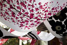 Isot Kivet Fabric Black/White