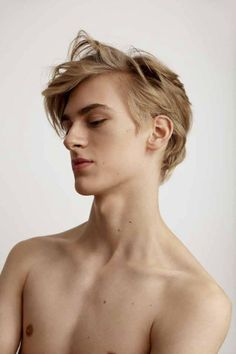 Man's hairstyles faces and stuff blonde hair boy, blonde guys, aesthetic bo Blonde Hair Boy, Cute Blonde Guys, Blonde Boys, The Face, Drawing People, Trendy Hairstyles, Beautiful Boys, Male Models, Pretty People