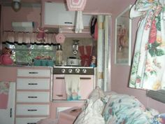 vintage campers decorating | Featured Trailer – Pink Shasta Compact FOR SALE!