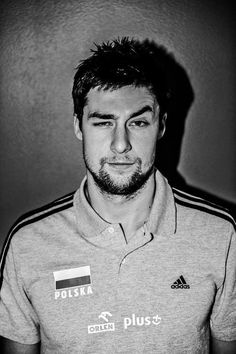 michał kubiak - some Polish guys are also very very attractive Volleyball Players, Che Guevara, Polo Shirt, Polo Ralph Lauren, Handsome, Guys, Mens Tops, Shirts, Crushes