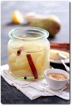 Gruszki w occie #gruszki #ocet #marynaty #przetwory #pycha #mniam Sweet Jars, Polish Recipes, Polish Food, Vegetarian Recipes, Healthy Recipes, Canning Recipes, Preserves, Pickles, Candle Jars