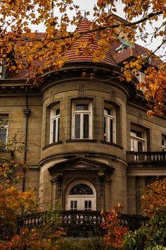 Three windows view onto an autumn landscape -- BooksPixTreks