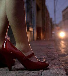 Obispo venezolano denuncia el alquiler de niñas y adolescentes por parte de sus padres a la prostitución
