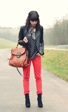 Love the color of the pants!