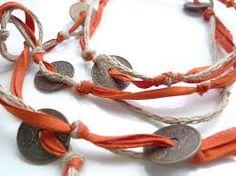 Resultado de imagen para collares de moda con monedas