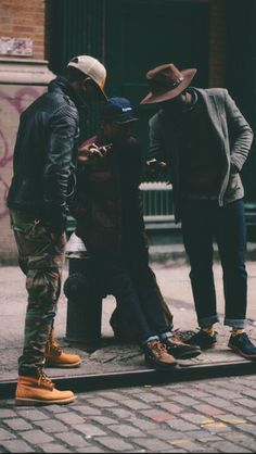 Menswear #timberlands and wide brim hats, love the diversity in style in this pic