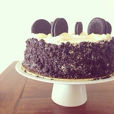 Cookies and cream OREO cake.