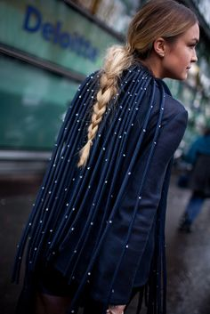 Milan Fashion Week Street Style 2016 [Photo: Kuba Dabrowski]