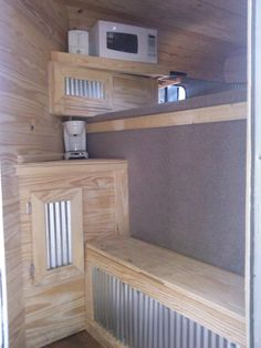 Horse trailer LQ DYI Conversion, amenities added to a no short-wall horse trailer tack room.  Great use of a very small space