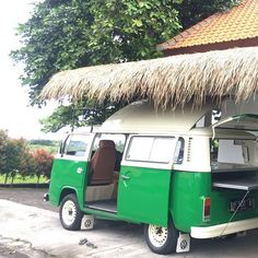 Good morning from us in Bali  Happy to announce the Green Combi is ready for your special events.  Booked in 2017 for 2018 and you could save up to 20%. Enjoy the sunshine  #bornbright #combi #catering #wedding #specialevents #birthdayparty #smallgroup #largegroup #bali #pererenan #quality #fresh #local #produce #qualitydrink #fusionfood #greenenergy #happypeople