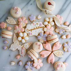 {45CBB9A6-A69D-4072-80A5-90BAEF18D1F7} Fondant Cookies, Cupcakes, Cupcake Cookies, Sugar Cookies, Kawaii Cookies, Fancy Cookies, Cute Cookies, Japanese Cookies, Japanese Sweets