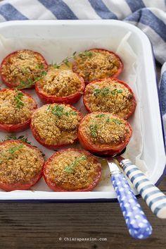 pomodori-gratinati-contorno-vegetale-facile-pane-raffermo-basilico