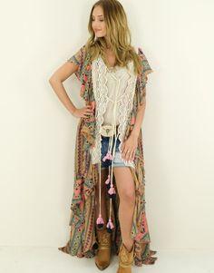 Kimono Morena What To Wear Today, How To Wear, Ibiza Fashion, Kimono Top, Casual Outfits, Bohemian, Clothes, Style, Fashion Styles