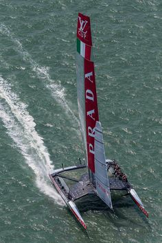 Luna Rossa Challenge (Italy) storming upwind against Artemis Racing (Sweden), during the fourth match of the 2013 Louis Vuitton Cup Semi-Finals off San Francisco.