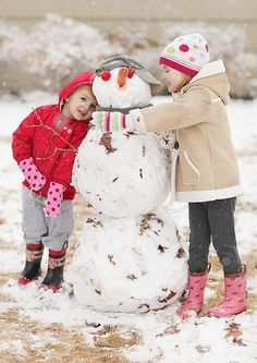 Building snowmen. Please And Thank You, Winter Kids, Baby Family, Life Moments, Simple Pleasures, Friends Forever, Snowmen, My Girl, Families