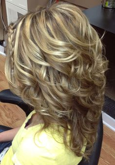 How do I get my curls to look like this?? #StepcutHairstylesForWomen