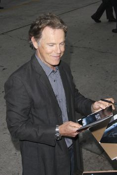 "Bruce Greenwood Photos - Actor Bruce Greenwood at the premiere of ""Super which was directed by JJ Abrams and produced by Steven Speilberg. - Premiere of 'Super Hot Men, Hot Guys, Bruce Greenwood, Left Handed People, Film Director, Actors & Actresses, Eye Candy, Handsome, Celebs"
