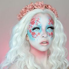 I think you could be really creative with the background scenery when someone wants a body painting session like this done. Face Paint Makeup, Sfx Makeup, Airbrush Makeup, Cosplay Makeup, Costume Makeup, Makeup Art, Beauty Makeup, Hair Makeup, Fantasy Make Up