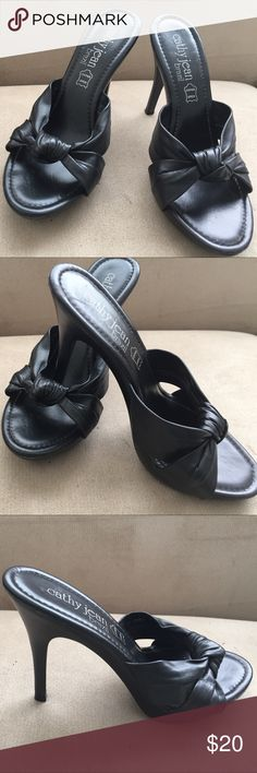 "Cathy Jean 🇧🇷 women's 4"" heels 👠 size 8 Used but good  condition. Leather Black color Sandal 4"" heel made in Brazil. Cathy Jean Shoes Sandals"