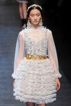 Simple love: Dolce & Gabbana Fall 2012