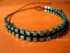 cool DIY Bijoux - Video:  Macrame with square beads.  Not English - pictures are enough.#Beading #...