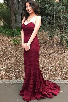 Burgundy Sweetheart Lace Sheath/Column Prom Dresses 2017