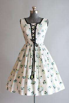 Vintage 1950s Dress / 50s Cotton Dress / Vicky Vaughn White Floral Dress w/ Corset Ties