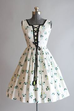 Vintage 1950s Dress / 50s Cotton Dress / Vicky Vaughn White Floral Dress w/ Corset Ties