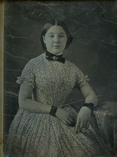 No Date: civil war era wristlets Old Pictures, Old Photos, Vintage Photographs, Vintage Photos, Victorian Women, Victorian Era, Victorian Pictures, Daguerreotype, Fashion Painting