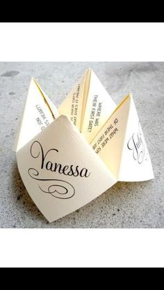 Cootie Catcher: Wedding placecard, table name, menu & thank you note. by lavonne...this is a great pin because its very creative! It shows  how inventive the couple and planner are! It reminds me of how long i had been with them!