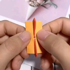 Make paper - Paper Origami 💡 Paper Flowers Craft, Paper Crafts Origami, Easy Paper Crafts, Origami Art, Paper Crafting, Oragami, Origami Flowers, Origami Bookmark, Origami Paper Folding