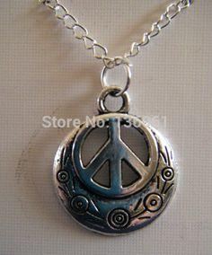joyeria hippie - Buscar con Google Hippy, Pocket Watch, Pendant Necklace, Google, Accessories, Jewelry, Fashion, Metal Jewelry, Bohemian