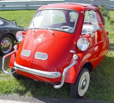 1957 BMW Isetta like a smart car. Bmw Isetta, Automobile, Microcar, Weird Cars, Smart Car, Disney Pixar Cars, Cute Cars, Bmw Cars, Car Humor