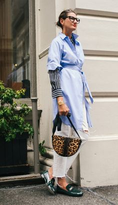 Darling Plus Size Womens Fashion Curvy Fashionista Ideas Street Style Fashion Week, Street Style Chic, How To Wear Shirt, Dress Over Pants, Casual Chique, Mein Style, Inspiration Mode, Fashion Inspiration, Love Her Style