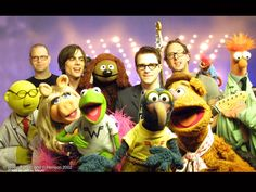 Google Image Result for http://images.fanpop.com/images/image_uploads/Muppets-with-Weezer-the-muppets-77643_1024_768.jpg