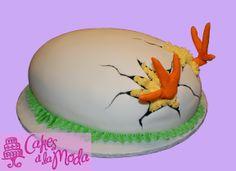 Cracked Egg Easter Cake